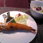 16606918 - 海老フライ&サラダ