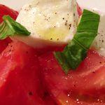 ヨシズハイ - 産直トマトのカプレーゼ