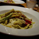 リフージョ - パンチェッタと野菜のバジルクリーム