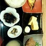 16611638 - とくとく定食 780円