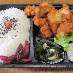 佐藤精肉店 - からあげ弁当¥530
