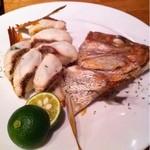 16614976 - 天然明石鯛の焼き寿司 大葉と山椒風味