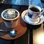 Luana - 料理写真:アイスクリーム:マッドパイ&ハワイアンコーヒー