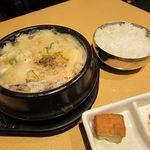 吾照里 - 白海鮮スンドゥブチゲセット
