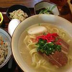 沖縄料理 ふる里 - 沖縄そば定食¥980