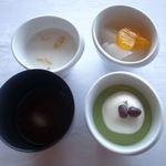 16633858 - マンゴープリンとココナッツミルク(左上) お汁粉(左下)