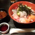 季節家 - 海鮮丼スペシャル(特別仕様)