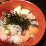 季節家 - 海鮮丼スペシャル(特別仕様)(上方から)