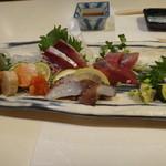 紋寿司 - 刺身(アップ)