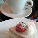 76CAFE - コーヒーとケーキ
