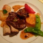 16644164 - 【蝦夷鹿肉の香り高いトリュフのソース】