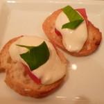 16644165 - 【自家製リコッタチーズのカプレーゼ】