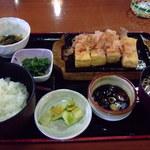 16650331 - 固めの豆腐が美味しい焼き豆腐定食