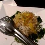 猪の蛍 - 大根サラダ