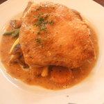 ルピュイ - 鶏のソテー ソースディアブル840円