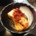 農園レストラン みやもとファーム - 親子丼のキムチ