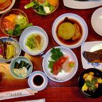 大川屋旅館 - 料理写真:夕食
