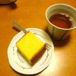 16670974 - カステラ(茶と一緒に)