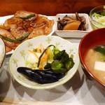 釜乃湯 - 本日のサービスメニュー  生姜焼き定食