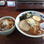 をかしら屋 - をかしら屋 ラーメン定食(半麻婆丼) 780円
