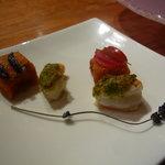 レストラン デビッド・セニア - ☆カリフラワーのスープに添えられた海老の香草パン粉焼き☆