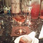 メインバー「キャプテンズバー」 - H25.1.5 マッカラン18年トワイス&ウイスキーを練りこんだチョコ2種。
