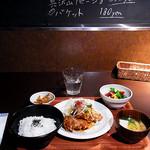 kawara CAFE&DINING - 若鶏の唐揚げ定食