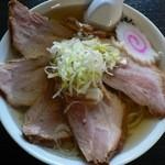 しんざん - チャーシュー麺