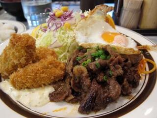 キッチンABC 西池袋店 - カキ盛りC定食