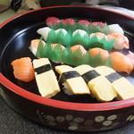 四季料理森友 - お寿司盛り合わせ