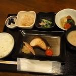 16699460 - 焼魚御膳1200円 ※鰤の塩焼き