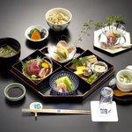 天竜膳 三好 - 料理写真:大人気!平日限定ランチ「花ごよみ」2500円(税サ込)