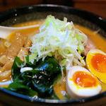 宏ちゃん - 味噌ラーメン(味玉)