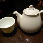 南翔饅頭店 - お茶が出て来ました