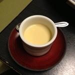 つきの井 - 茶碗蒸し♪ 梅干が入ってる♪