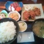 なりひら - Aセット(刺身&唐揚げ)¥1000