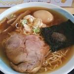 16707484 - 煮干しラーメン¥650+煮玉子¥100(H25.1.7撮影)