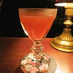 バー・サルバドール - 苺のカクテル (2013/01)
