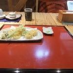 そば処 楽一 - 季節の天ぷら 650円