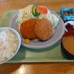 コブタ - メンチカツランチ(昼680円)