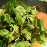 マルドリ - チキン南蛮に添えられているサラダ