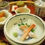 Resutorankureachuru - 花かごのお刺身