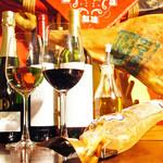 なごバル ウノイウノ - タパスにぴったりのワインも多数ご用意☆