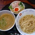 麺dining月乃家 - 海老つけ麺(三日月:150g)