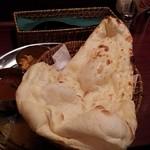 サモサ - おかわりのナン
