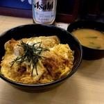 松乃家 - 牡蠣とじ丼・590円