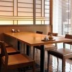 天ぷら ひさご - テーブル個室は、ランチタイムのご予約も承ります。