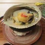 祇園 末友 - 鮑、海老芋の石焼 甘みそ掛け
