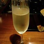 ビンテージ 24  - スパークリングワイン