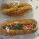 あけぼのパン直売所 - コロッケパン、焼きそばサンド